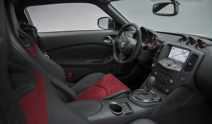 2018 Nissan 370Z NISMO Interior