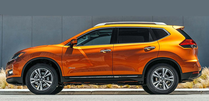 new 2019-Nissan-Rogue-side