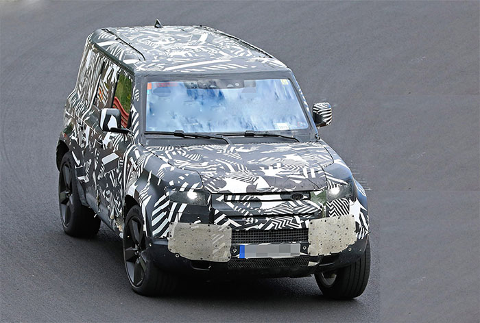 2021 land rover defender spy shot